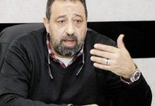Photo of إنهيار مجدي عبد الغني أثناء عزاء مبارك يثير الجدل