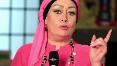 "Photo of هالة فاخر ترد عن انتقاد سن نجمات ""سكر زيادة ""نموت يعني """