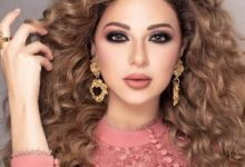 Photo of مريام فارس تعرض هدايا جمهورها في بث مباشر