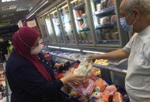 Photo of بدء حملة على محلات بيع السلع الغذائية و ضبط لحوم ومواد غذائية فاسدة
