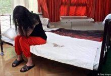 Photo of ضبط سيدة تعرض ابنتها لراغبي المتعة الحرام: الليلة بألف والشهر بـ70
