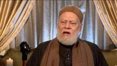 """Photo of على جمعة … يثير الجدل بعد قوله """"زوجة معاوية اتطلقت منه عشان مكنش بيغسل سنانه"""