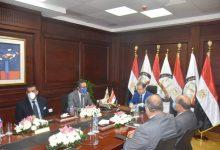 Photo of «النائب العام» يعتمد إطلاق مشروع ربط النيابات الكلية بتقنية «video conference»