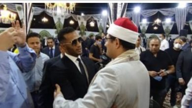 Photo of صورة محمد رمضان مع القارئ محمود الشحات أنور تثير الجدل