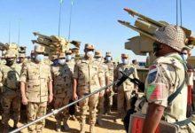 Photo of الفريق محمد فريد يشهد المرحلة الأولى لإجراءات تشكيلات الجيش الثالث الميداني