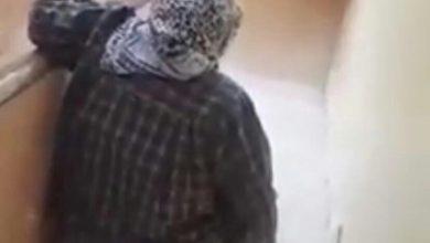 Photo of فيديو آثار غضب الجميع …شاب يفضل زوجته علي والدته