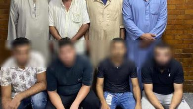"Photo of ضبط 8 أشخاص بتهمة التنقيب عن الآثار بمقابر  ""ترب الغفير"""