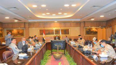 Photo of محافظ الغربية يتابع سير الانتخابات من داخل غرفة العمليات المركزية