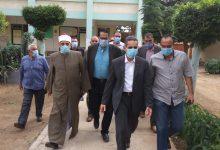 Photo of محافظ الغربية يقوم بجولة لتفقد اللجان الانتخابية بالمحافظة