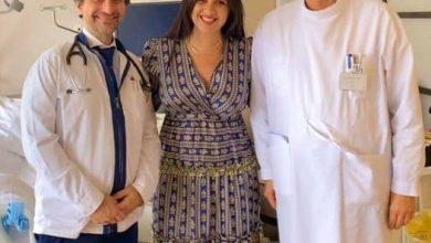 Photo of ياسمين عبد العزيز من داخل المستشفى في سويسرا بعد تعافيها